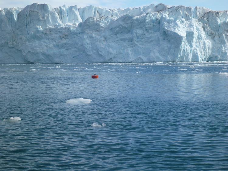 Fusione della calotta glaciale in Groenlandia conseguente all'azione                            combinata dell' oceano e del riscaldamento atmosferico         (credit: Fiamma Straneo, Woods Hole Oceanographic Institution)